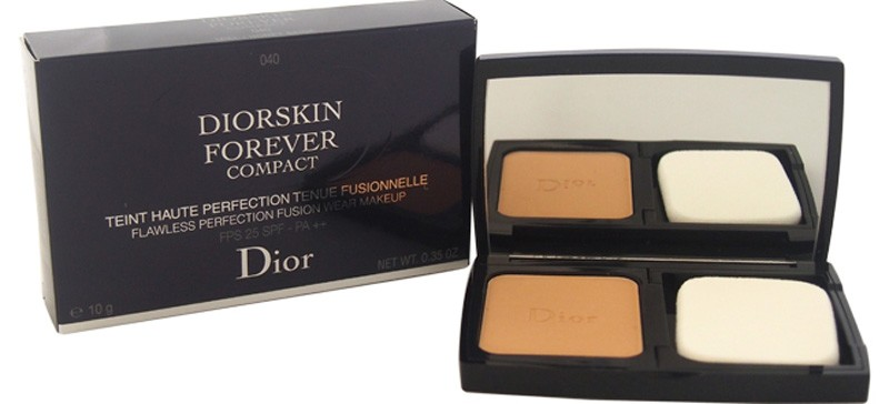 Christian-Dior-Diorskin-Forever-Compact-SPF-25